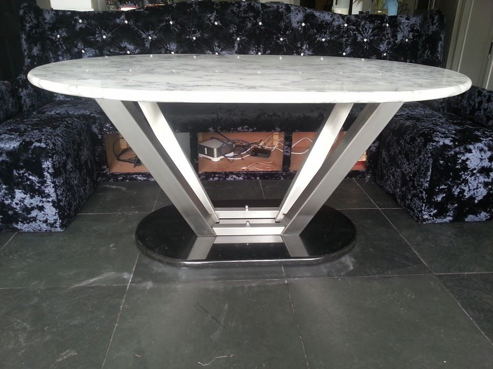 Large marble table seat