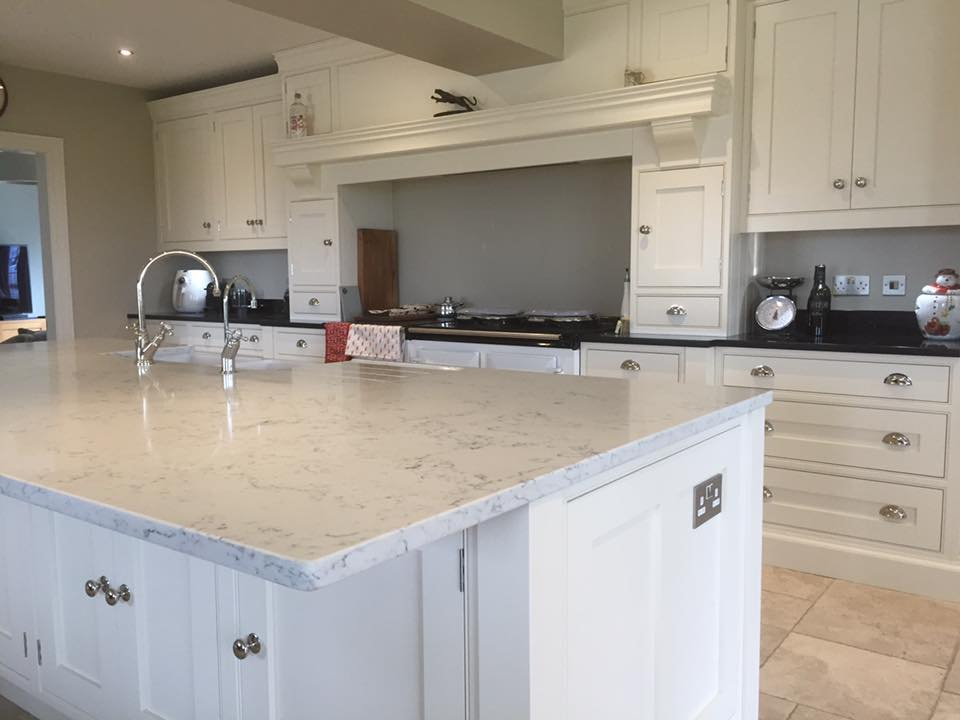 Angelo White quartz and star galaxy in one kitchen contrast