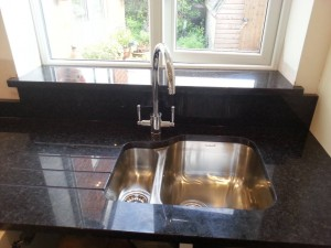 dark quartz sink unit