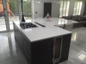 Beautiful-L-shape-kitchen-island1
