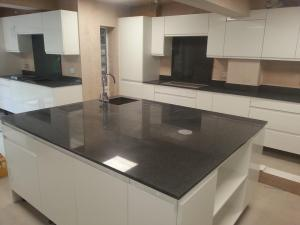 Seamless kitchen island large idea