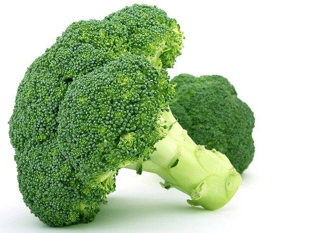 a bundle of broccoli