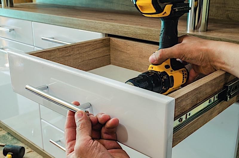 change kitchen handles to refresh units